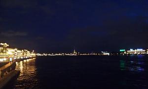 Нажмите на изображение для увеличения Название: Вид на Неву в ночном Питере.jpg Просмотров: 332 Размер:83.2 Кб ID:18
